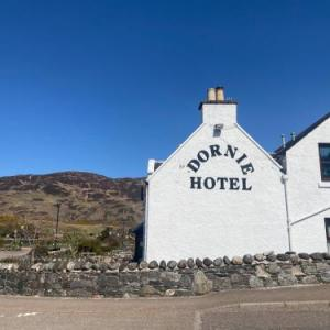 Hotels near Eilean Donan Castle - The Dornie