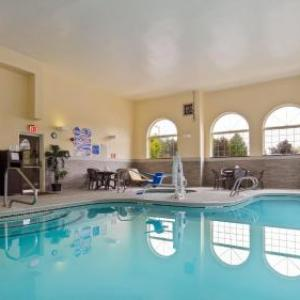 Everett Arena Hotels - Best Western Concord Inn & Suites