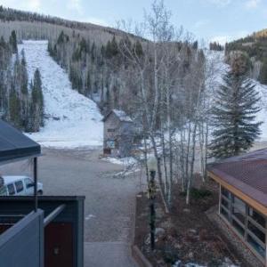 Cimarron Lodge by Alpine Lodging Telluride