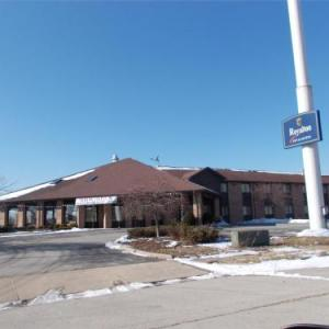 Roberts Convention Centre Hotels - Royalton Inn And Suites Wilmin