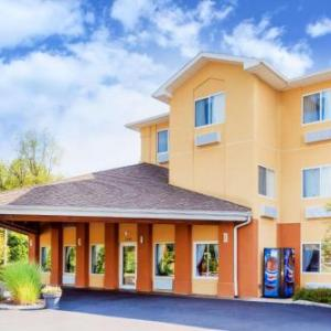Indian Creek Amphitheatre Hotels - Baymont Inn And Suites Oxford