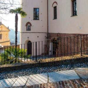 Book Now Castello di Cortanze (Cortanze, Italy). Rooms Available for all budgets. In the heart of Cortanze a village part of the Monferrato hilly region Castello di Cortanze offers rooms set in what once was a noble castle. The restaurant offers quality dis