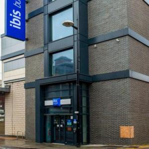 Churchill Theatre Bromley Hotels - ibis budget London Bromley Town Centre