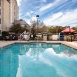 Hampton Inn & Suites-Austin Airport