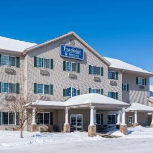 The Aquarium Fargo Hotels - Travelodge & Suites By Wyndham Fargo/moorhead