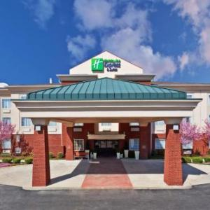 Holiday Inn Express Suites Manchester