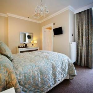 Waterside Arts Centre Manchester Hotels - Lennox Lea Studios and Apartments