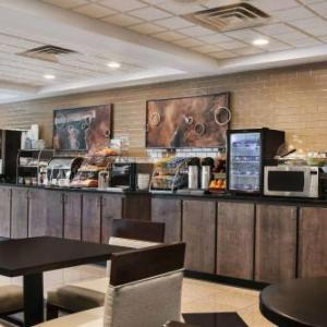 Hotels near Medieval Times Schaumburg - Wingate By Wyndham - Schaumburg /Convention Center