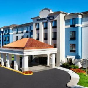 Hotels near Daryl's House Pawling - SpringHill Suites Danbury