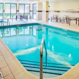 Courtyard By Marriott Roanoke Airport