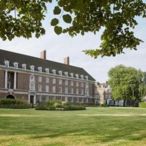 Hotels near Old Royal Naval College London - De Vere Devonport House