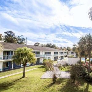 Hotels near Old Town Kissimmee - Rodeway Inn Maingate