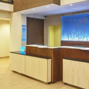 BrauerHouse Hotels - Fairfield Inn & Suites Chicago Lombard