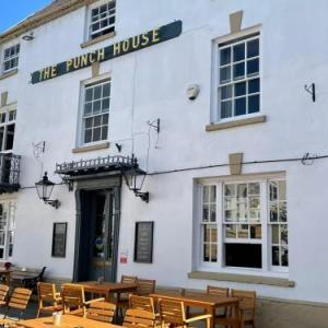 Hotels near Monmouth Savoy Theatre - Punch House Monmouth