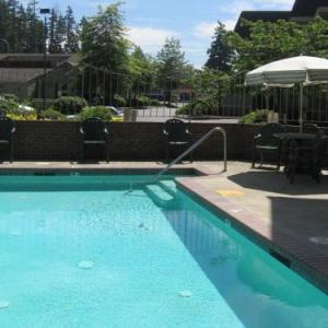 Hotels near Sahalee Country Club - Redmond Inn