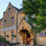 Long Marston Airfield Hotels - Three Ways House