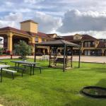 Hotels near Health and Physical Education Arena - Raintree Inn and Suites