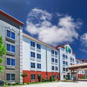 Holiday Inn Express Hotel & Suites Dallas Lewisville