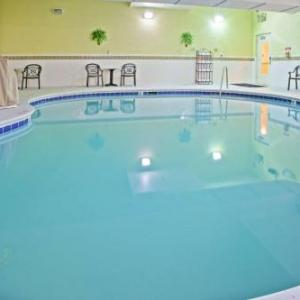 Hotels near Fox Den Country Club Knoxville - Country Inn And Suites Knoxville West
