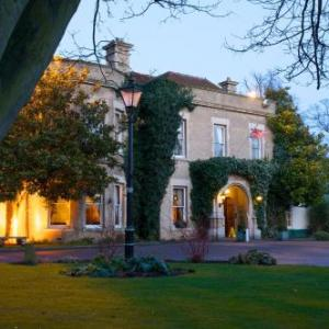 Woodland Manor Hotel