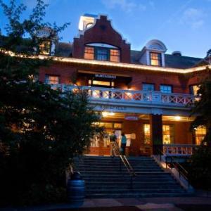 Hotels near McMenamins Edgefield - McMenamins Edgefield