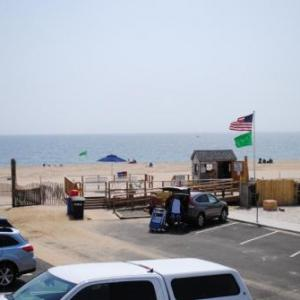 Book Now Windswept Motel (Point Pleasant Beach, United States). Rooms Available for all budgets. Located on the beach in Point Pleasant the Windswept Motel is just 150 metres from the boardwalk and offers rooms with a TV. WiFi access is offered free of charge to guests.Ca