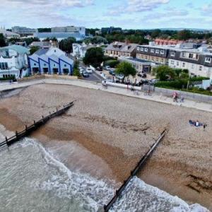 Hotels near Butlins Bognor Regis - Best Western Beachcroft Hotel