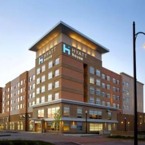 Sandcastle Waterpark Hotels - HYATT House Pittsburgh-South Side
