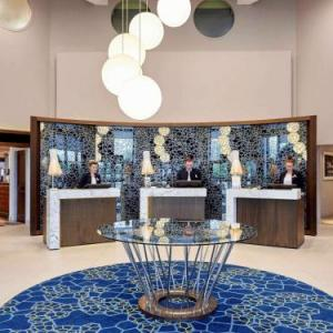 Rhodes Arts Complex Hotels - Novotel London Stansted Airport