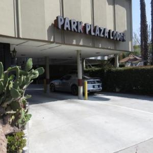 Park Plaza Lodge Hotel
