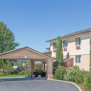 Super 8 By Wyndham Grants Pass