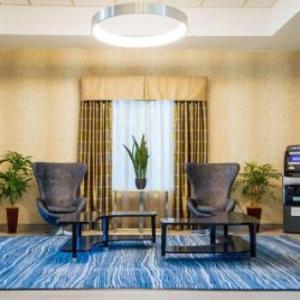 Holiday Inn Express Plainville