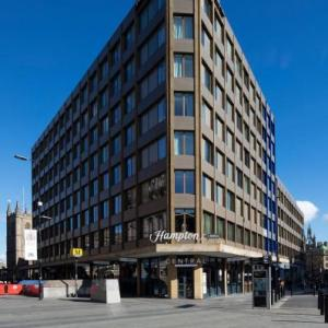 Newcastle Arts Centre Hotels - Hampton by Hilton Newcastle