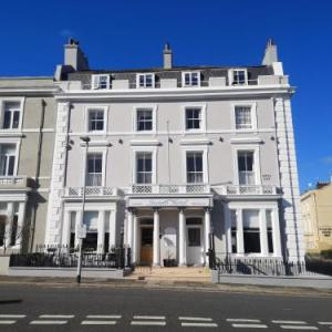 Hotels near Plymouth Pavilions - Invicta Hotel