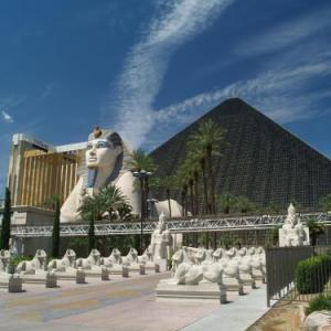 Luxor Hotel & Casino by Suiteness