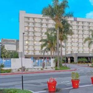 SoFi Stadium Hotels - Motel 6 Los Angeles LAX