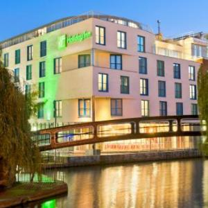 Hotels near The PowerHaus Camden - Holiday Inn London Camden Lock