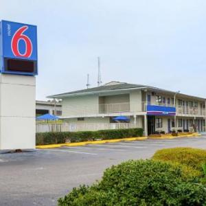 Motel 6-Charleston SC - South