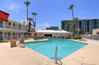 Motel 6 Scottsdale Image