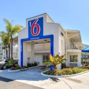 Shiley Theatre Hotels - Motel 6 San Diego - Hotel Circle
