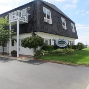 Snyders Shoreline Inn