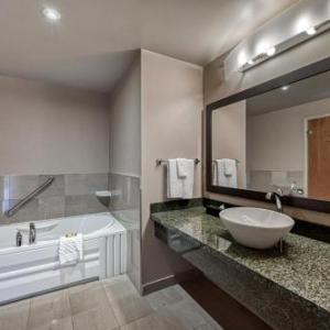 Hotels near Perth Fair Ontario - Best Western Plus Perth Parkside Inn & Spa