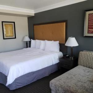 Los Angeles Equestrian Center Hotels - Portofino Inn Burbank