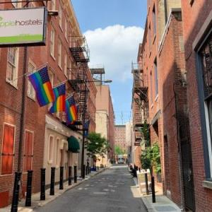 Theatre of Living Arts Hotels - Apple Hostels of Philadelphia