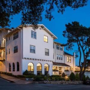 Pine Inn -Carmel