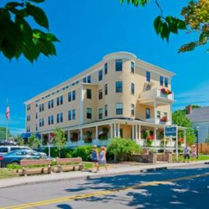 Ogunquit Playhouse Hotels - Colonial Inn
