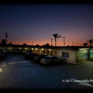 Hotels near Oxnard Performing Arts and Convention Center - The Palace Inn