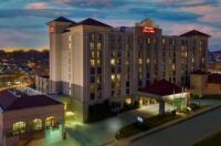 Hampton Inn & Suites Kansas City-Country Club Plaza