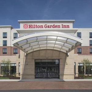 John S Knight Center Hotels - Hilton Garden Inn Akron