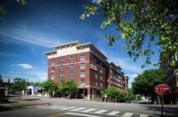 Hampton Inn & Suites - Raleigh Downtown